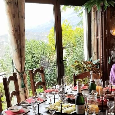 Champagne breakfast at Villa Andalucia in Competa