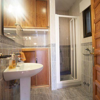 En-suite in Orange Room at Villa Andalucia Competa